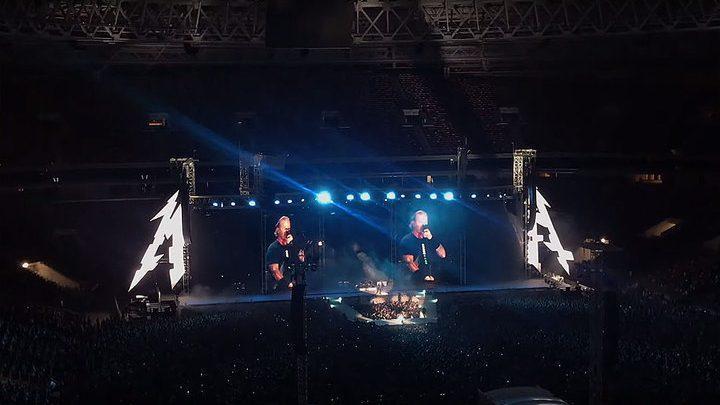 """(видео) Metallica в Москве исполнила песню Виктора Цоя """"Группа крови"""""""