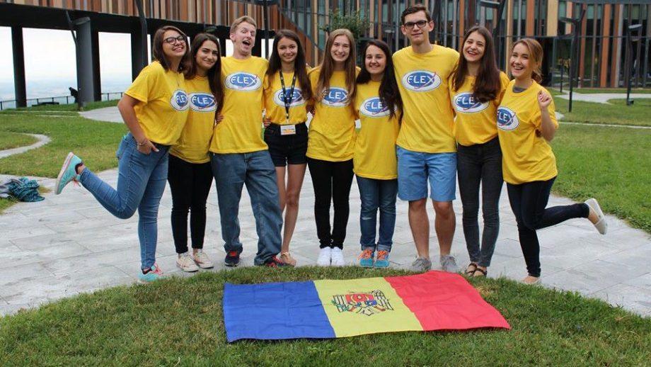 У молдавских учеников есть возможность учиться и жить в США. Начался набор кандидатов для участия в программе школьного обмена FLEX