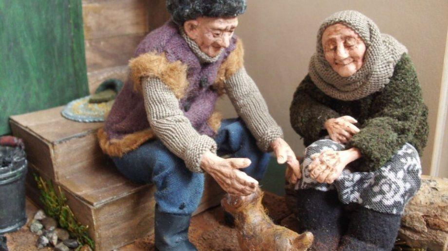 (фото) Жительница Новосибирска создала коллекцию кукол «Дорогие мои старики»