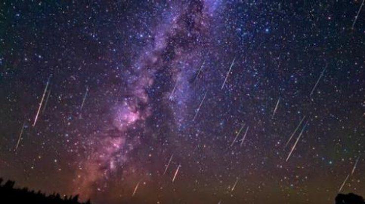 """""""Звездный дождь"""": в ночь с 12 на 13 августа наблюдаем за метеорным потоком Персеиды"""