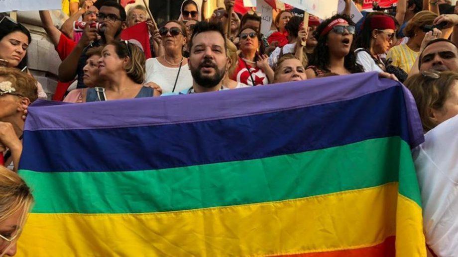 На пост президента Туниса выдвинулся открытый гей