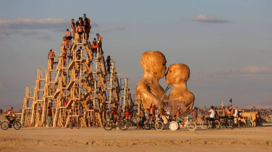 (фото) Искусство в пустыне. Как прошел фестиваль Burning Man 2019