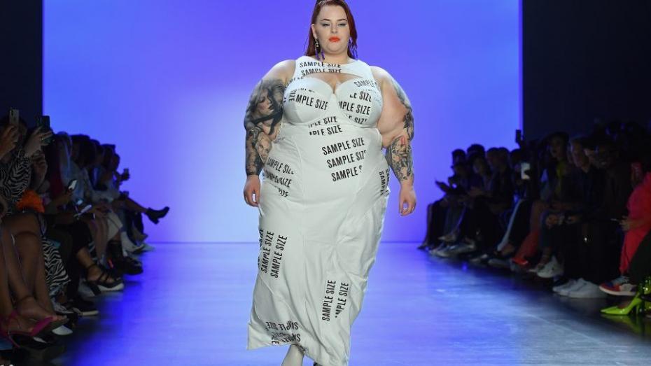 (фото) Подиум для всех. Марка Chromat отпраздновала своё десятилетие показом с моделями бодипозитив