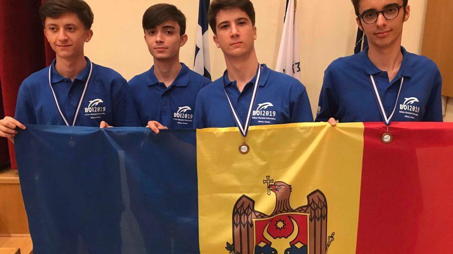 Молдавские ученики завоевали 3 бронзовые медали на Балканской Олимпиаде по информатике