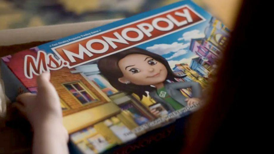 """Hasbro выпустил «феминистскую """"Монополию""""». В ней женщины зарабатывают больше мужчин"""