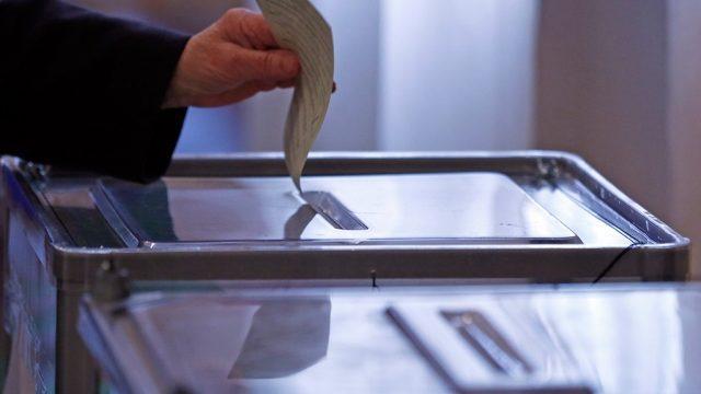 Результаты опроса: Чебан, Нэстасе и Киртоакэ наберут больше всех голосов