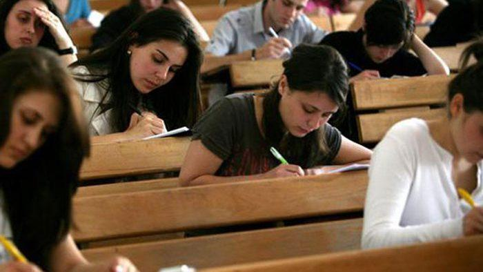 За последние 5 лет количество учеников и студентов в Молдове сократилось на 12%