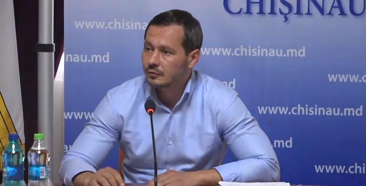 24 часа на регистрацию: сегодня Руслан Кодряну подал прошение о регистрации в предвыборной гонке