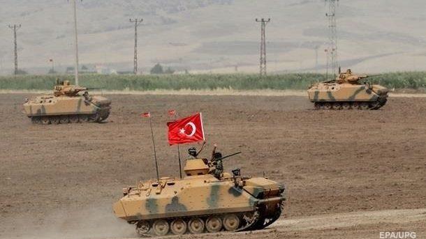 Bloomberg: турецкие войска вошли на территорию Сирии