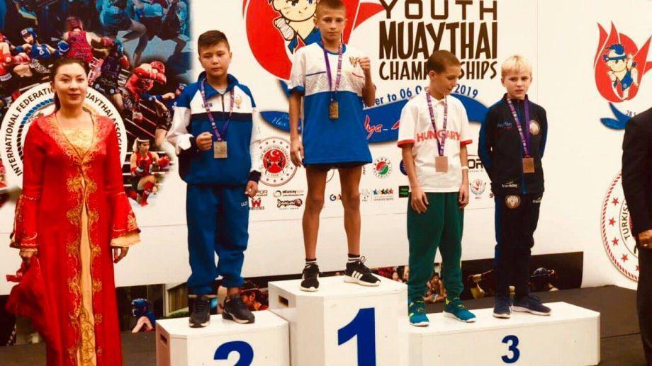 На Международном турнире по тайскому боксу молдавские спортсмены завоевали 4 золотых и одну бронзовую медали