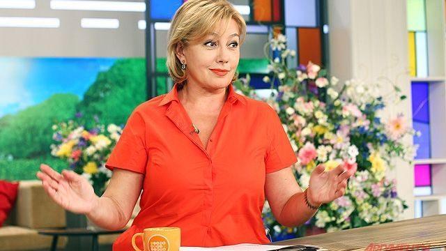 Публичная встреча с российской телеведущей Ариной Шараповой