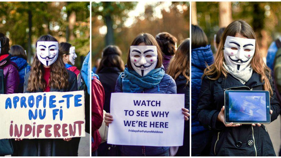 (фото) Несколько учеников организовали в столице протест против жестокого обращения с животными