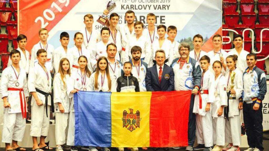 Молдавские каратисты привезли с чемпионата мира 18 наград