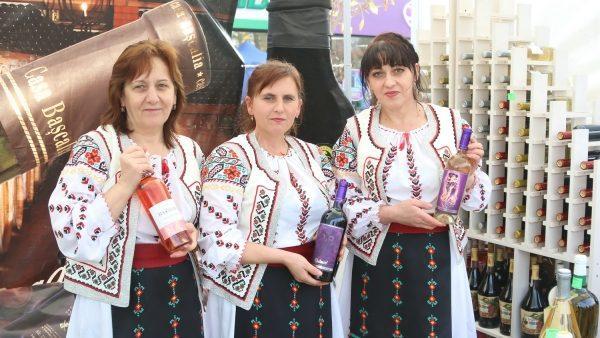 (фото) Как в Гагаузии прошел Фестиваль вина
