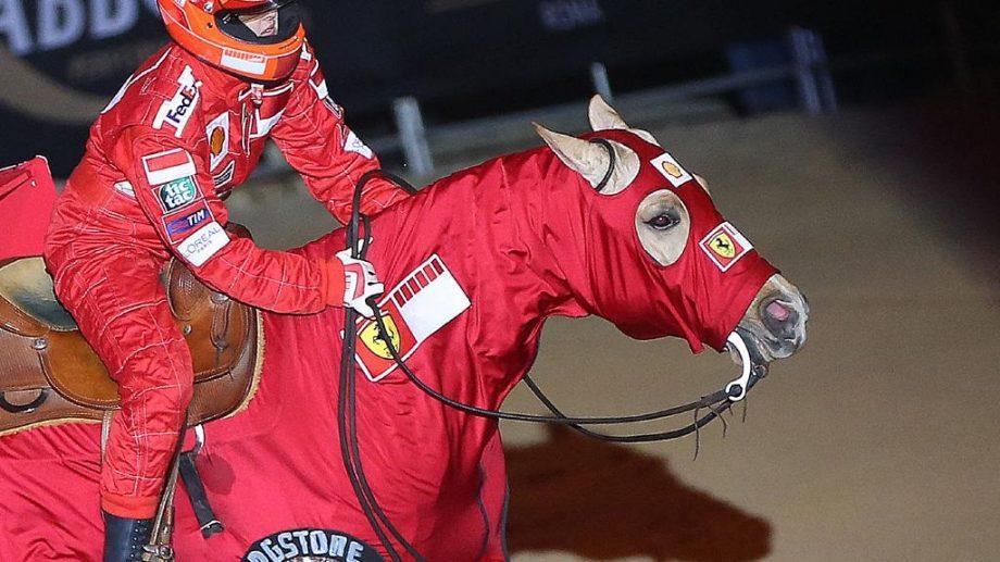 (видео) Дочь Шуми. Джина Шумахер выступила на чемпионате по верховой езде на «коне Формулы-1» — в честь своего отца