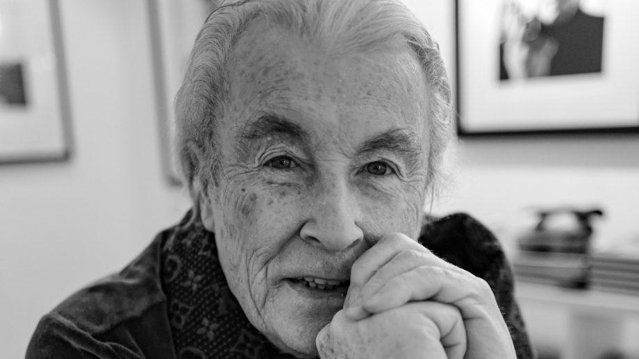(фото) В Лондоне умер фотограф Терри О'Нилл. Он снимал The Beatles, Дэвида Боуи и королевскую семью