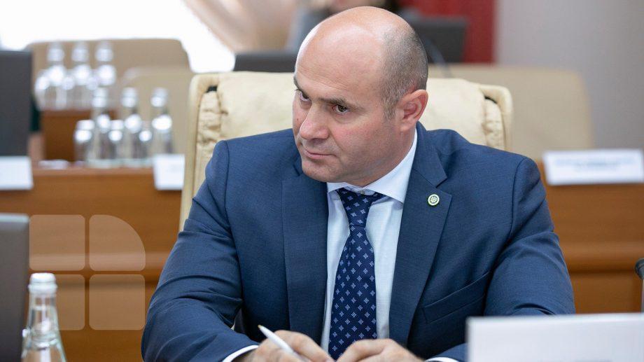 Резюме нового Министра внутренних дел