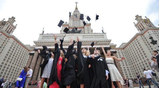 Учиться заграницей: образовательная выставка российских вузов