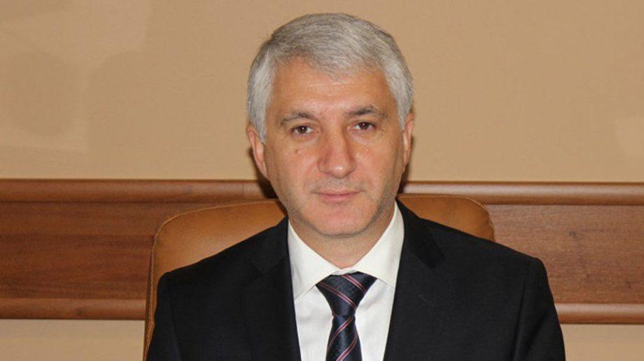 Константин Ботнарь уходит из Парламента. Депутаты проголосовали за отставку демократа