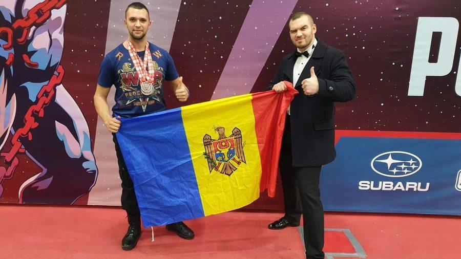 (видео, фото) Спортсмен из Молдовы занял три вторых места на чемпионате мира по пауэрлифтингу