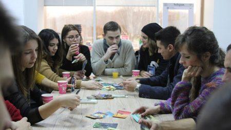 100 учащихся получат бесплатные путевки в летний лагерь «Лучафэрул»
