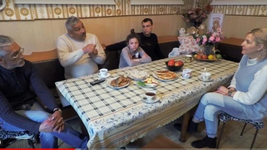 (видео) Шатер на Днестре предоставляет диаспоре ромов изПриднестровья юридические консультации