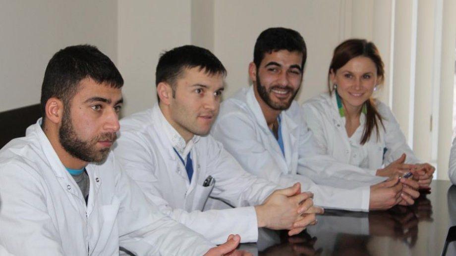 120 000 леев для молодых врачей и фармацевтов, которые будут работать по распределению Минздрава
