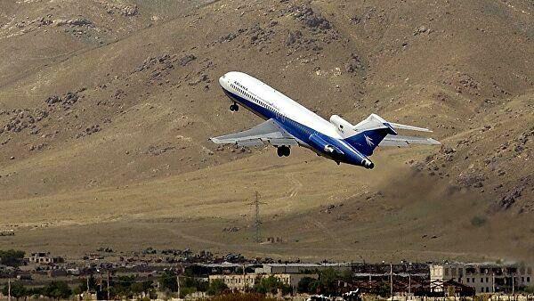 В Афганистане разбился пассажирский самолет. На борту находились 83 человека