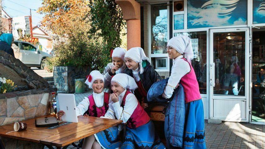(фото) Одна из самых известных немецких газет опубликовала серию фотографий о жизни в АТО Гагаузия