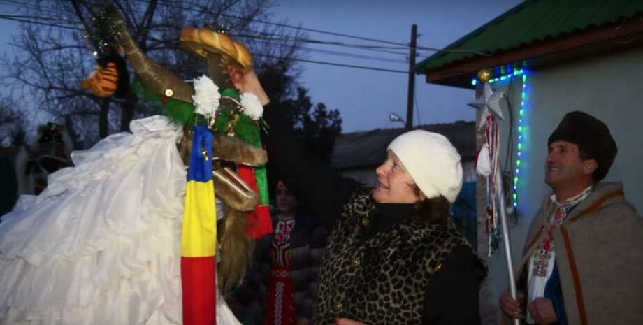 (фото) Баница и колядующие с козой: как в Тараклии отмечают Новый год по старому стилю