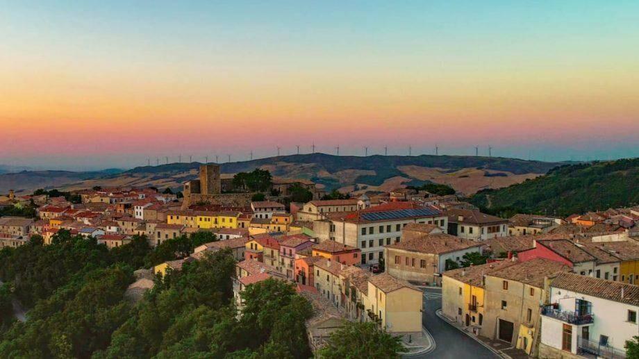 В Италии снова выставили на продажу дома за $1
