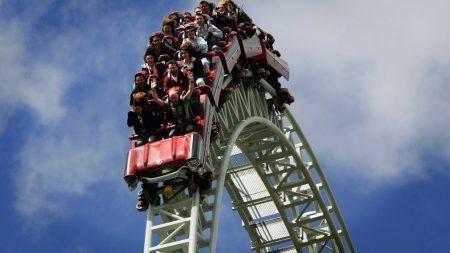 «Жизнь как американские горки». Туристическая фирма объявила о вакансий тестировщика аттракционов с зарплатой в $4000 за пару недель