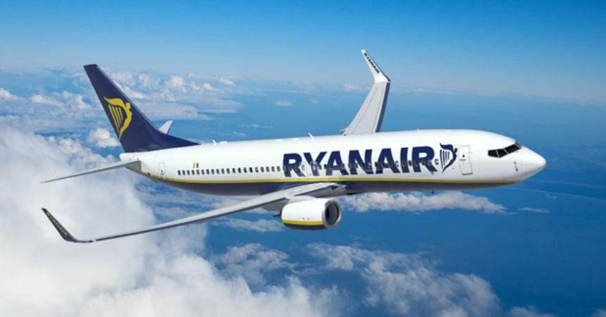 Лоукостер Ryanair распродает билеты на апрель-июнь от €10 из Румынии