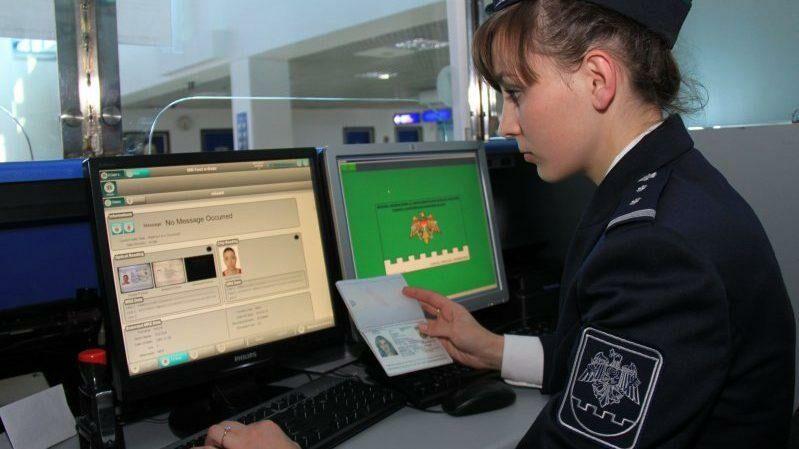 Молдова разрешила автомобилям с приднестровскими номерами пересекать молдавско-украинскую границу