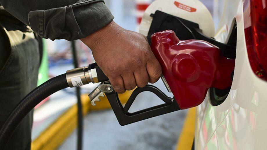 Цены на топливо опять снизились