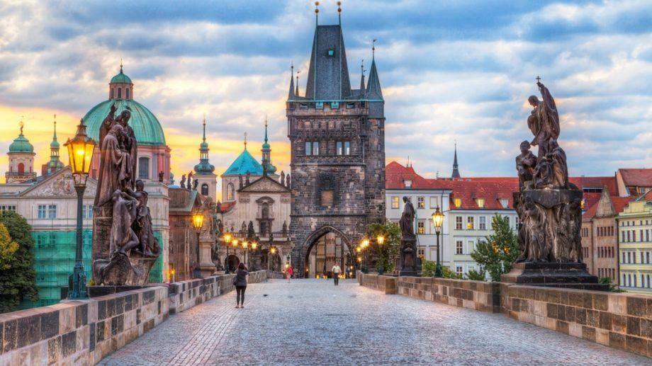Саммит Unlock для активистов, журналистов, программистов и предпринимателей в Праге. Заявку можно заполнить до 5 марта