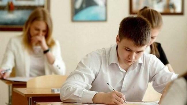 Игорь Додон: «Экзамены на степень бакалавра могут состояться позже»