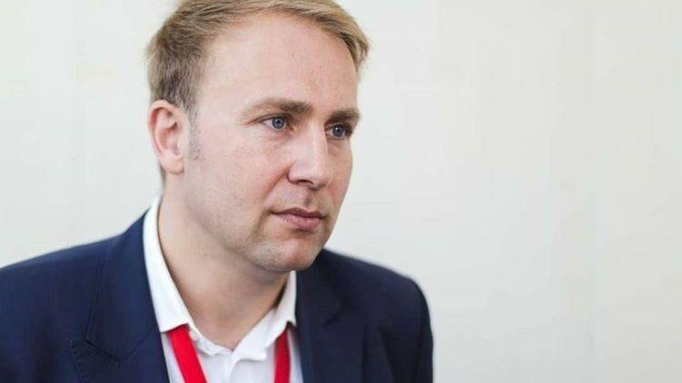Министр здравоохранения Румынии подал в отставку после того, как предложил проверить всех жителей Бухареста на коронавирус