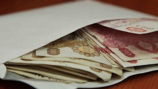 В 2019 году каждый шестой работник в Молдове получал зарплату более 10 000 леев