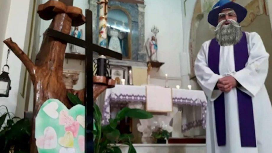 Богослужение для зумеров. Итальянский священник провел службу онлайн, но случайно включил виртуальные фильтры
