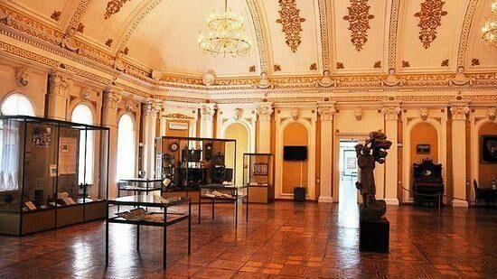 В Молдове с 1 июня библиотеки и музеи возобновляют работу
