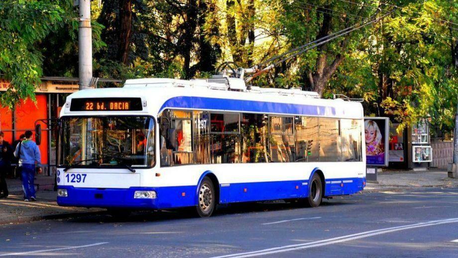 До 30 июня на выходных дейтельность общественного транспорта в Кишиневе и Бельцах будет приостановлена