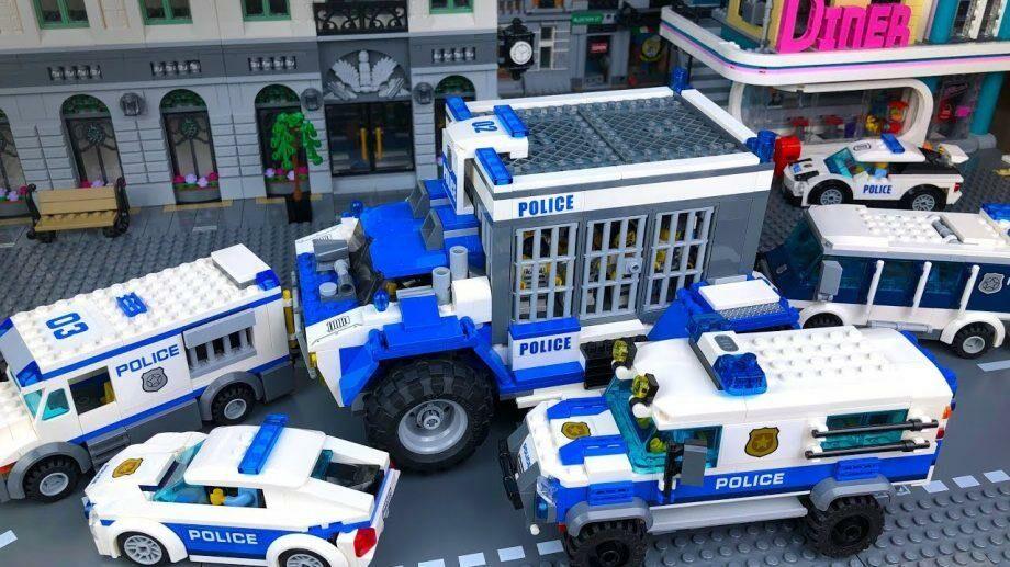 Компания Lego решила отказаться от рекламы своих наборов с полицейскими в связи с протестами в США