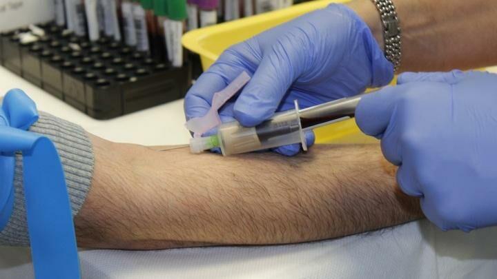 Ученые сообщили, что уже третьему пациенту удалось излечиться от ВИЧ-инфекции