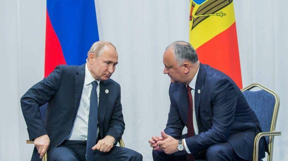 (документ) Правительство России продлило скрок беспошлинного ввоза ряда молдавских товаров на территорию РФ